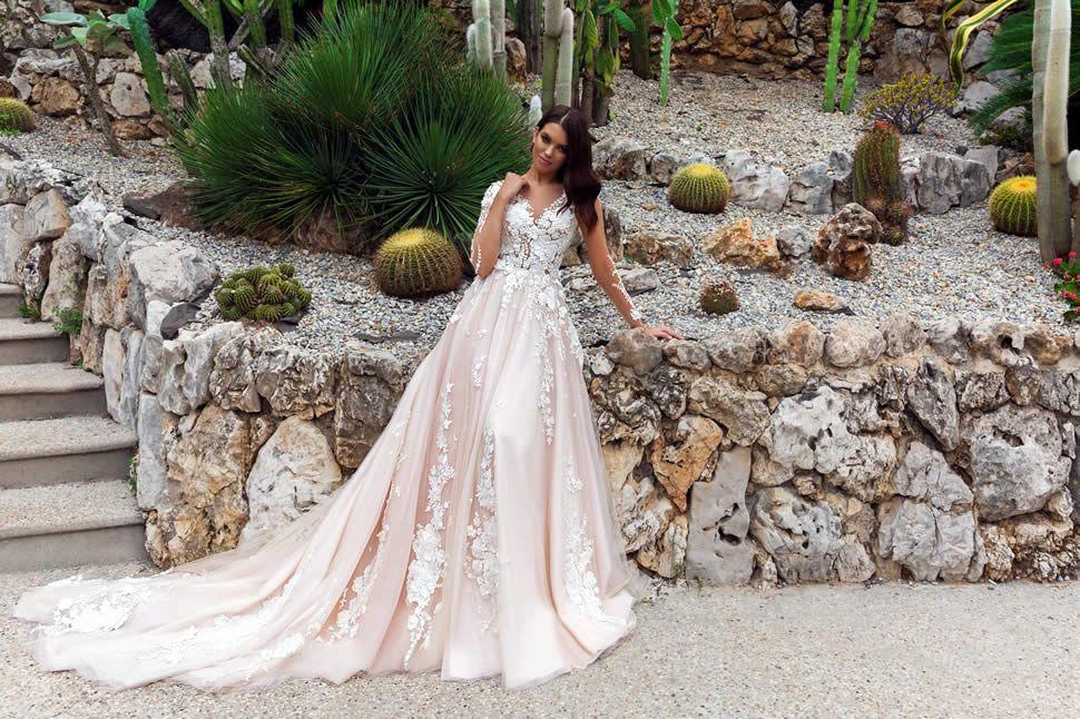 Свадебное платье на рынке спб